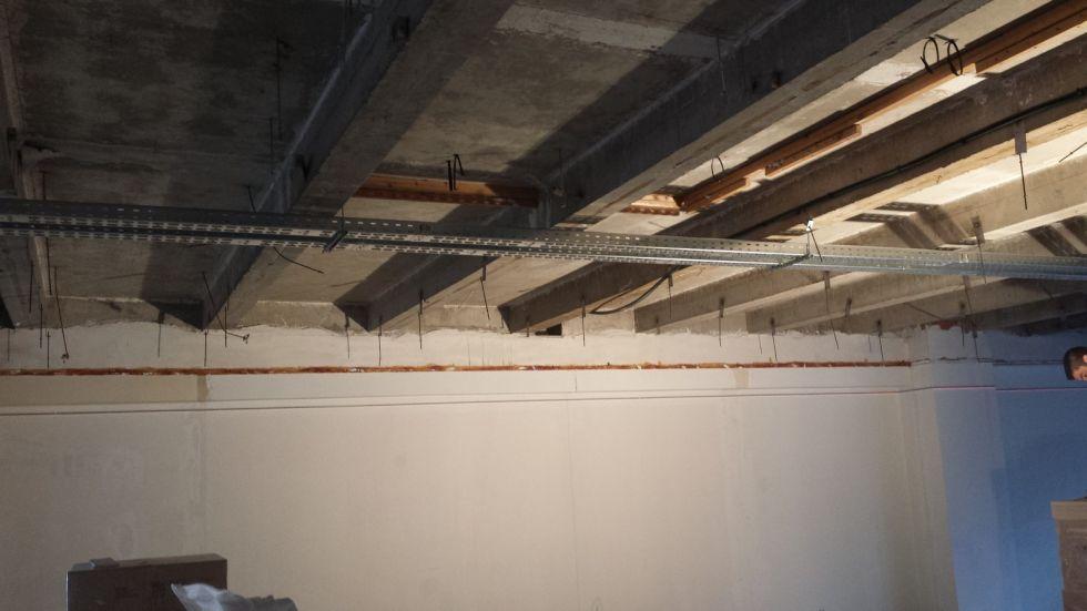 electricit pose de chemin de c ble tlc electricit tlc electricit. Black Bedroom Furniture Sets. Home Design Ideas