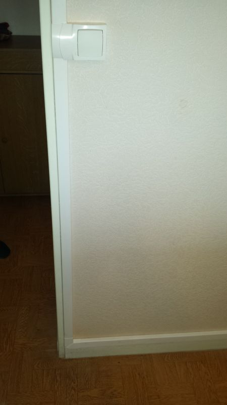 r novation lectrique en apparent sous moulure dans un appartement sur montolivet marseille. Black Bedroom Furniture Sets. Home Design Ideas