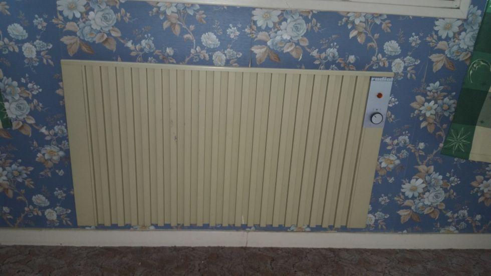 remplacement de chauffage lectrique par des radiateur. Black Bedroom Furniture Sets. Home Design Ideas