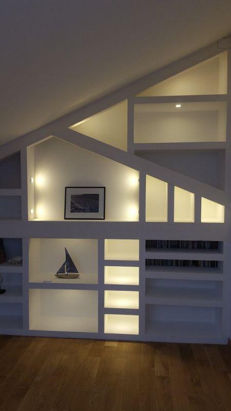 cr ation d 39 un clairage d coratif pour une biblioth que avec des spots led extra plat sp cial. Black Bedroom Furniture Sets. Home Design Ideas